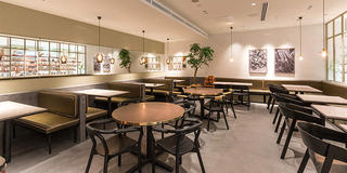 Cosme Kitchen Adaptation 表参道ヒルズ店
