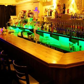 bar moonwalk 桜木町店
